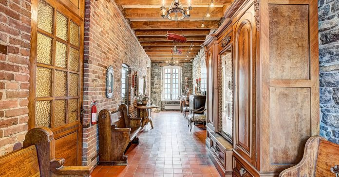 House Hunting in Canada: A Rowhouse in Old Montreal With Income Potential