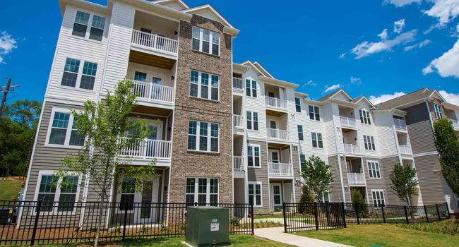 Bluestone Properties Adds 282-Unit The Darby Apartment Community in Suburban Atlanta to Its Growing Multifamily Portfolio