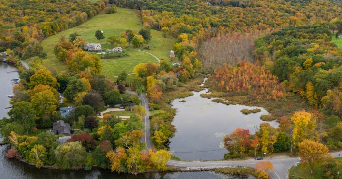 Washington, Conn.: A 'Cultured Place' With a Sense of History