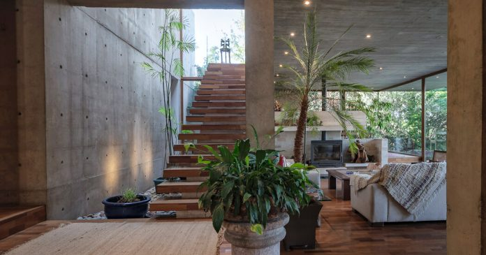 House Hunting in Chile: A Bright, Modern Villa in the Andes for $1.3 Million