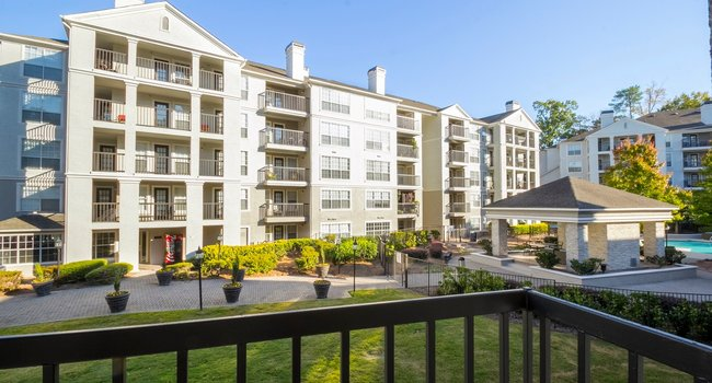 Providence Real Estate Acquires 269-Unit The Stratford Apartment Community in Atlanta's Perimeter Center Submarket
