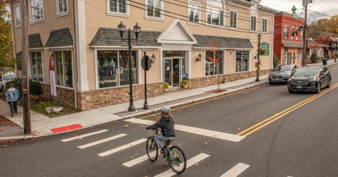 Haworth, N.J.: A 'True Hometown' 20 Miles From Midtown Manhattan
