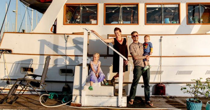 Home, Sweet Boat - The New York Times