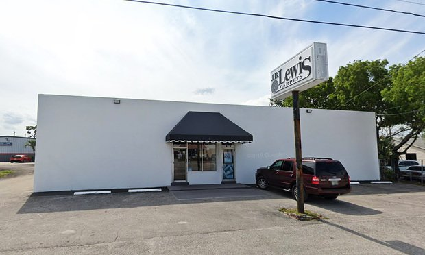 Warehouse in West Palm Beach Sells for $1.25 Million