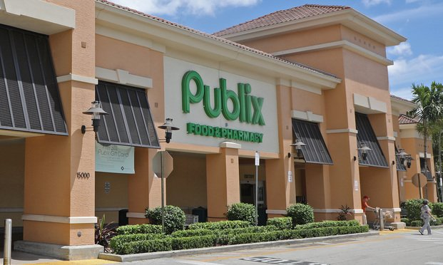 Publix Accused of Causing Deli Worker's COVID-19 Death Through Policy Against PPE