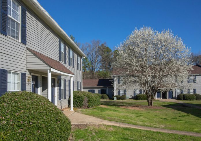 Crown Bay Group Closes on Its Latest Multifamily Acquisition with 260-Unit Apartment Community in Southwest Atlanta