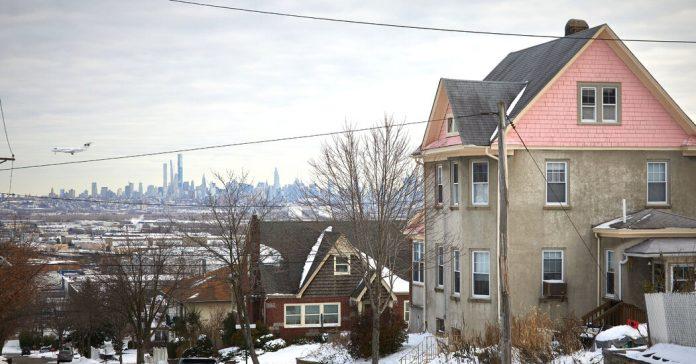 Wood-Ridge, N.J.: Not Too Close to the City, or Too Far Away