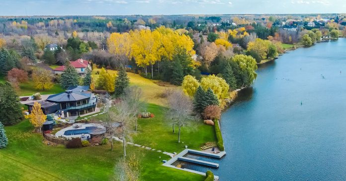 House Hunting in Canada: Octagonal Riverfront Views Outside Ottawa
