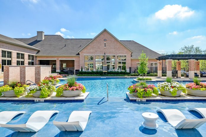Sherman Residential Announces Acquisition of 299-Unit Axis Kessler Park Apartment Community Located in West Dallas, Texas