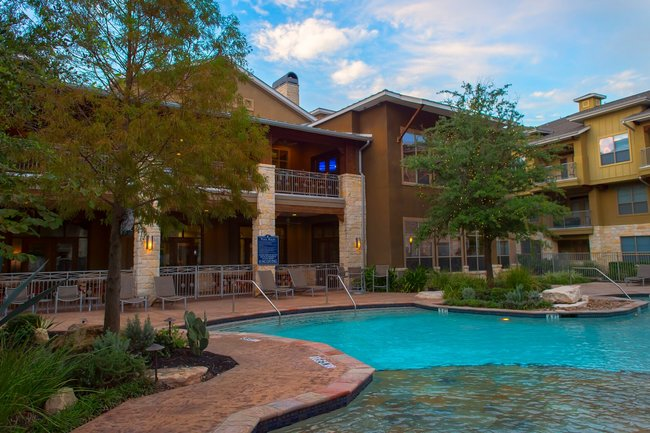 Bascom Group Continues Texas Acquisition Spree With Cantera at Towne Lake Apartments in Houston Master-Planned Community