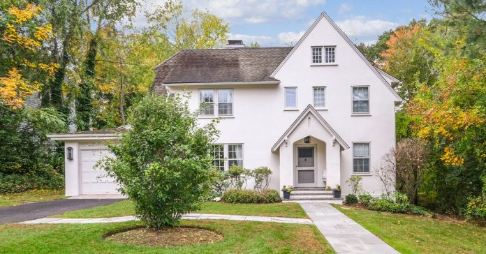 Homes That Sold for Around $1.3 Million