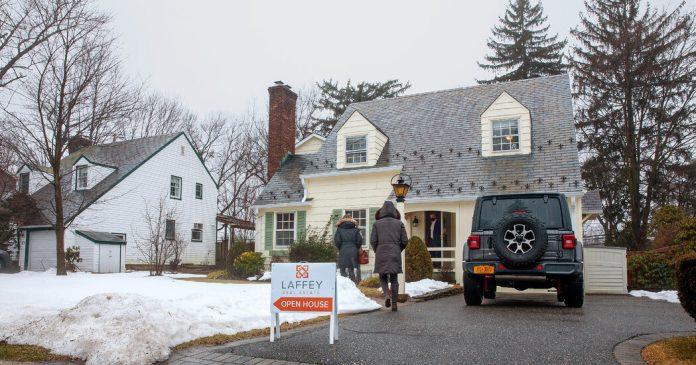 Suburban Home Sales Soar in the New York Region