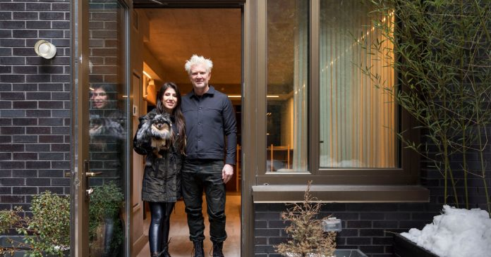 A Texas Couple Try a Rent-to-Own Apartment on the Lower East Side