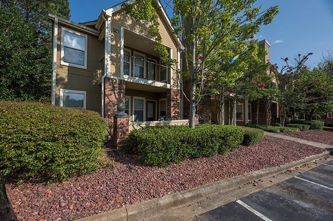 Carter Multifamily Acquires Chace Lake Villas and Renaissance at Galleria Apartment Communities for $58.2 Million in Birmingham