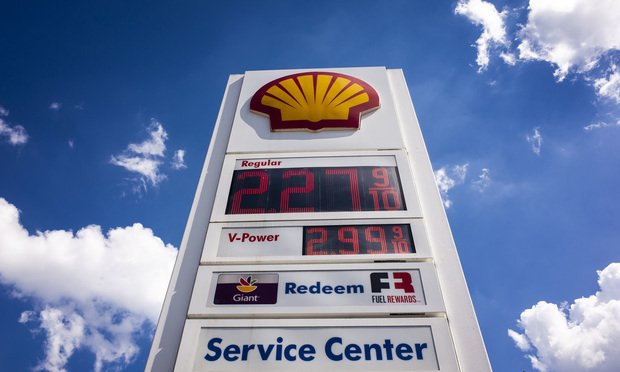 No Lower Price With Debit Card? Shell Faces Florida Class Action Over Alleged Deception