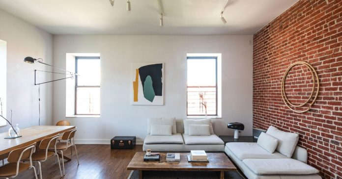 Homes for Sale in Manhattan, Brooklyn and Queens