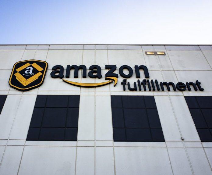 Amazon Fulfillment Center in Baltimore, MD. November 28, 2020. Photo: Diego M. Radzinschi/ALM