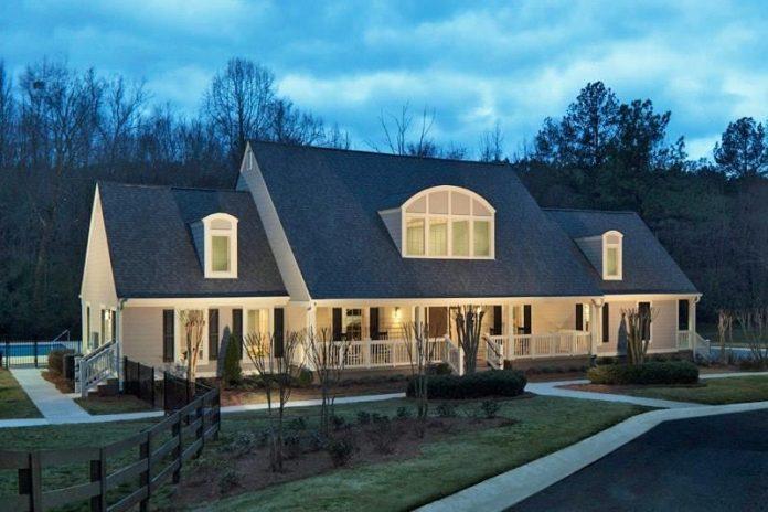 Emma Capital Acquires 272-Unit Centre at Peachtree Corners Apartment Community for $42.25 Million in Submarket of Atlanta, Georgia