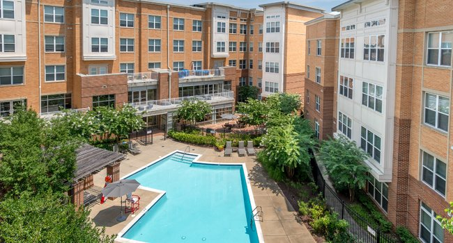 Clarion Partners Real Estate Income Fund and Blackfin Real Estate Investors Acquire 242-Unit Multifamily Community in D.C. Metro Area