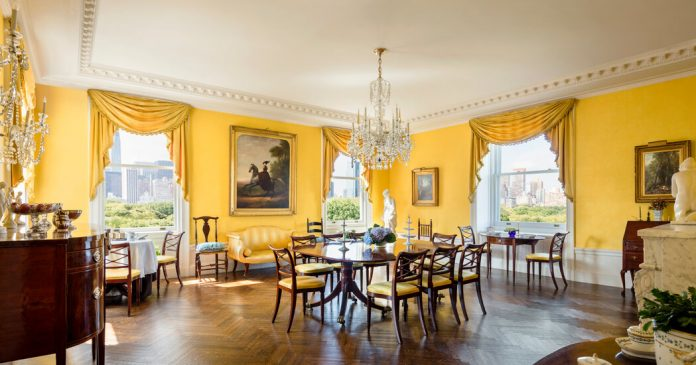 Manhattan Listings That Have Lingered